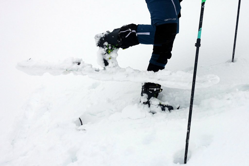 Glossary Thoroughly Moist Snow © Stefanie Höpperger | EAWS European Avalanche Warning Services