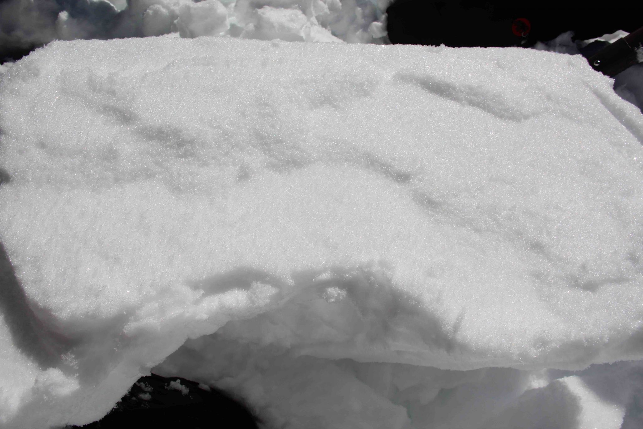 Glossary Bonded Snow © LWD Tirol | EAWS European Avalanche Warning Services