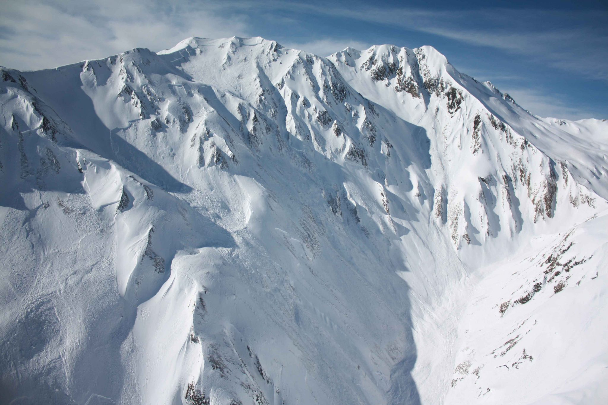 Glossary Naturally Triggered Avalanche, natural release © LWD Tirol | EAWS European Avalanche Warning Services